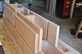 Le grand changement construire avec des briques en bois for Construire une maison en lego